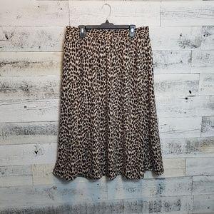 Large LOFT Cheetah print Skirt NWT with pockets